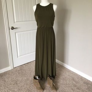 Old Navy olive green maxi dress